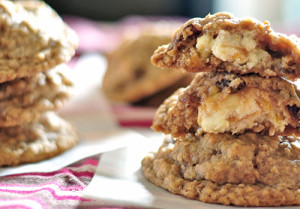Oatmeal Raisin Cookies with Cream Cheese Filling